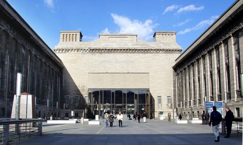 Berlin - Entrance To The Pergamonmuseum © Raimond Spekking